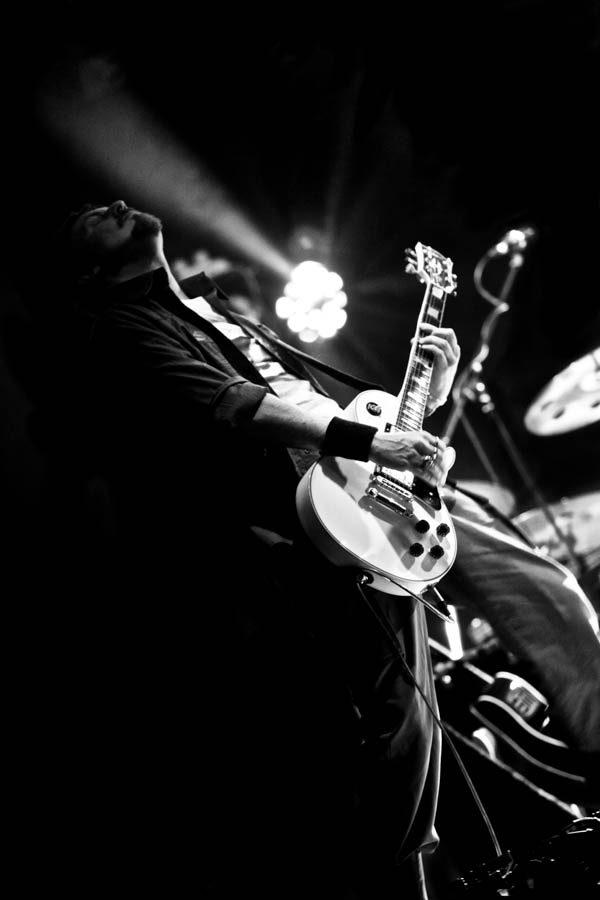 chitarrista_bn